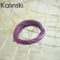 Ръчно изработен пръстен - лилаво и черно