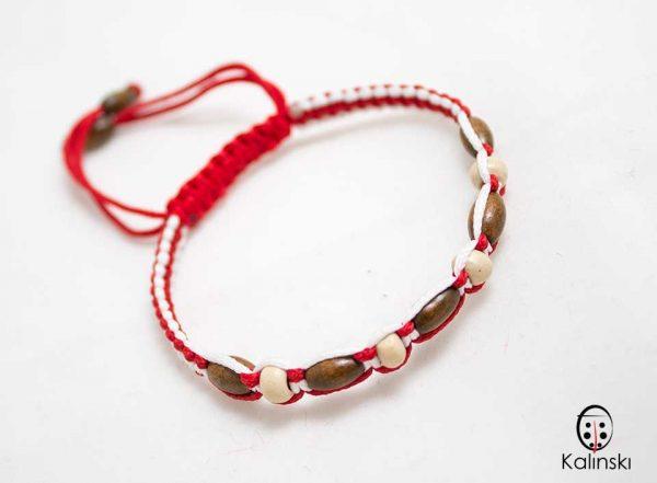 мартеници-гривна-бяло-и-червено-дървени-топчета-4