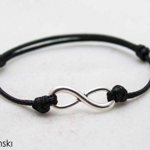 Мъжка гривна безкрайност черна със сребрист елемент