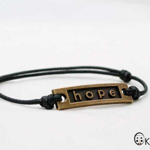 """Ръчно изработена Мъжка черна гривна """"Hope"""""""